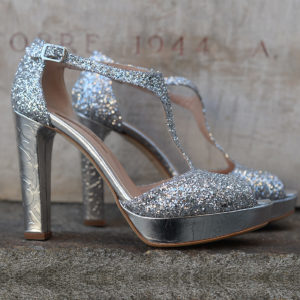 [immagine] Manuela_Gomez_Shoes_Red_tango_Silver.jpg